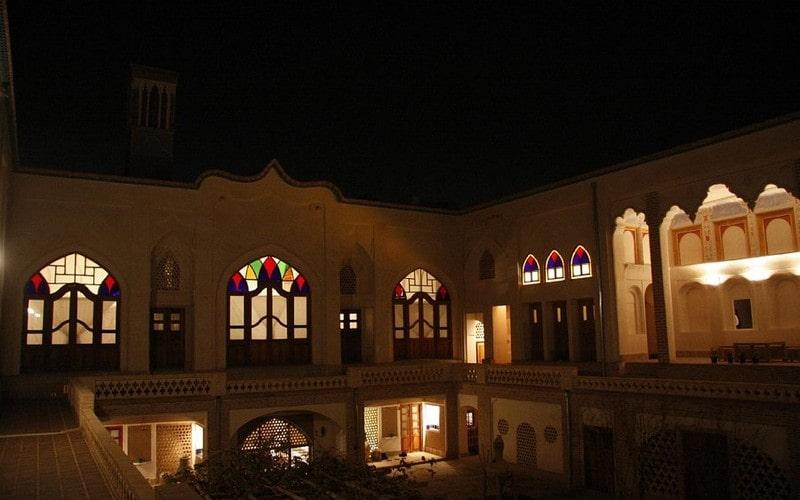 اقامتگاه سنتی تاریخی ایرانی کاشان