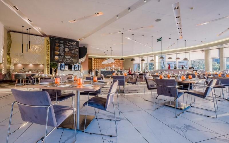 هتل Radisson Blu Gautrain Hotel, Sandton Johannesburg
