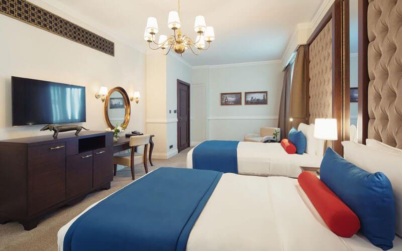 هتل دوکس د پالم، ای رویال هایدوی هتل دبی