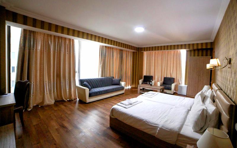 هتل ال پلازا تفلیس