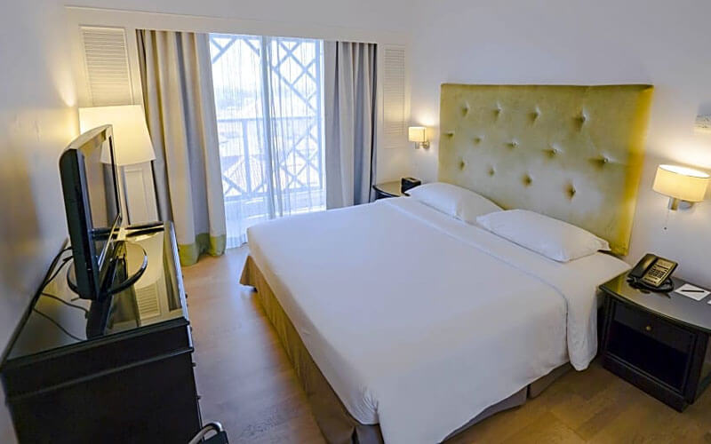 هتل آمباسادور رو سوییت کوالالامپور
