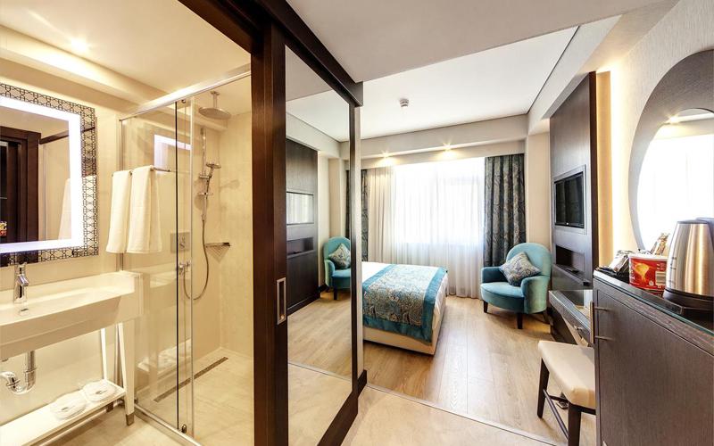 هتل موكارناس پرا استانبول