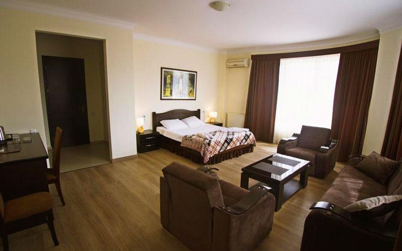 هتل لوکس تفلیس