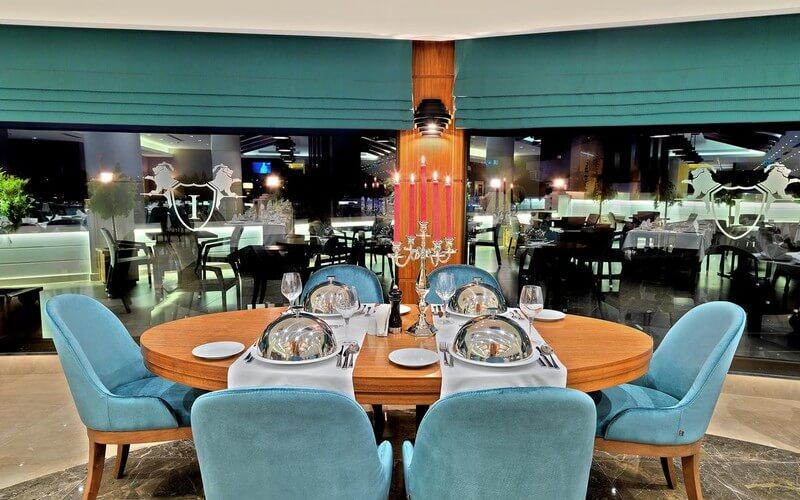 هتل Mercure Istanbul Bomonti