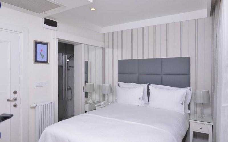 هتل Ten Rooms Istanbul