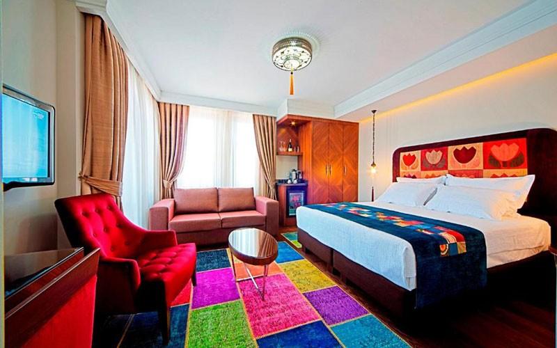 هتل Azade Suites Istanbul