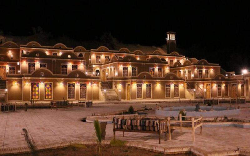 هتل یلو آران و بیدگل