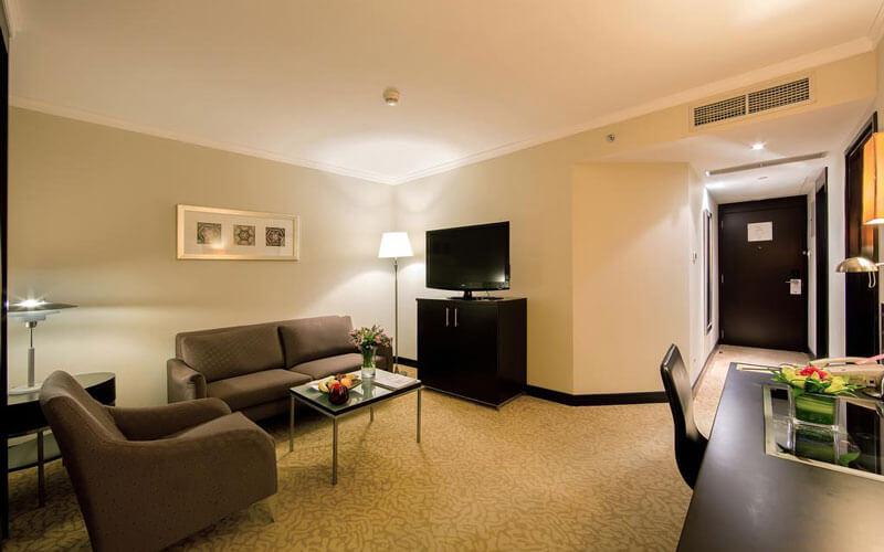 هتل Ramada Plaza by Wyndham Dubai Deira