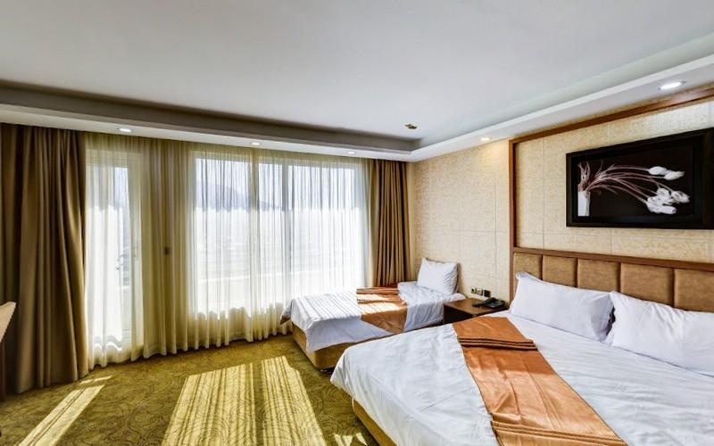 هتل داوینکو بانه