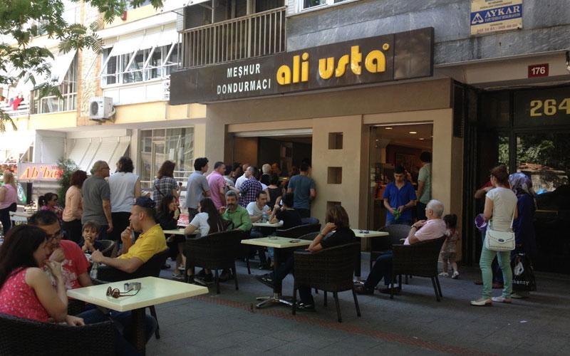 بستنی مشهور علی اوستا استانبول