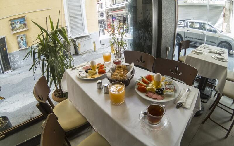 هتل The Merwano Hotel Istanbul
