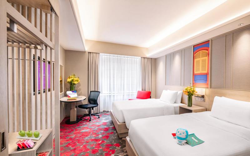 هتل Royal Plaza on Scotts Singapore