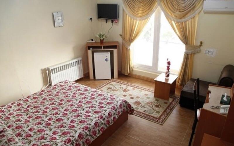 هتل سیروس رودسر
