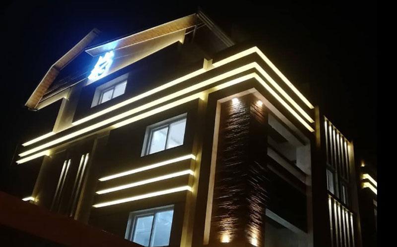هتل آپارتمان کاج بندرانزلی