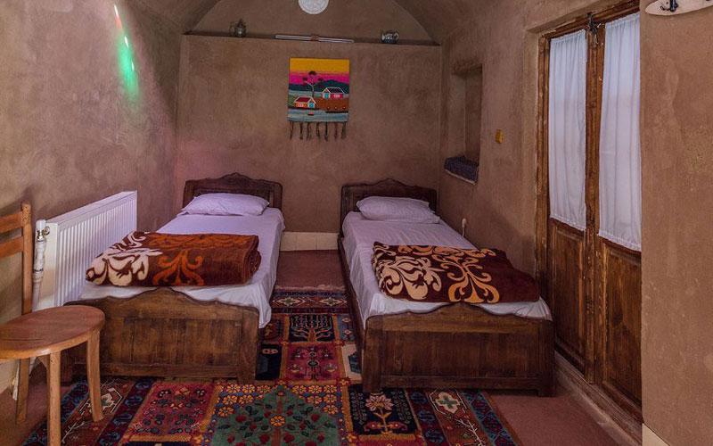 اقامتگاه سنتی انار عقدا یزد