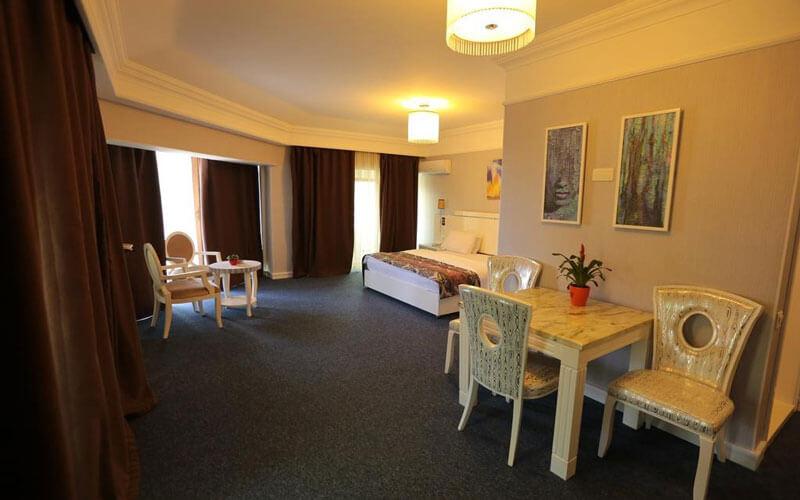 هتل Amber Hotel Baku
