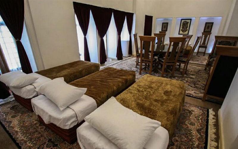 هتل سنتی ایوان ماهان