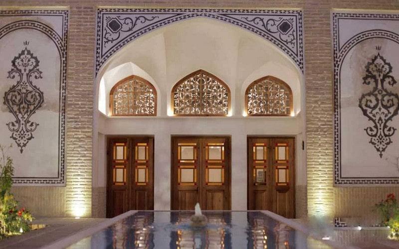 اقامتگاه سنتی سرای سوریجان کاشان