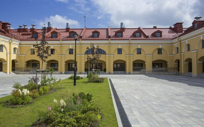 هتل MEININGER Hotel Saint Petersburg Nikolsky