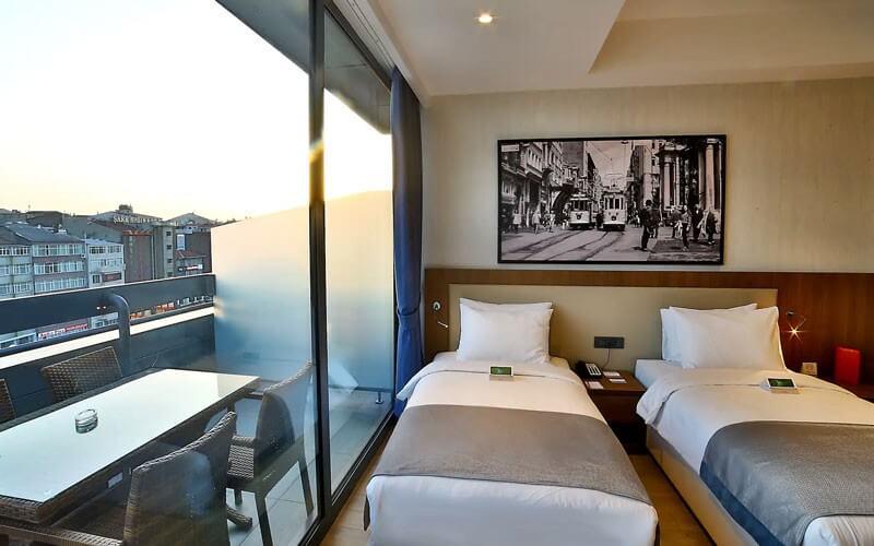 هتل Ramada by Wyndham Istanbul Old City