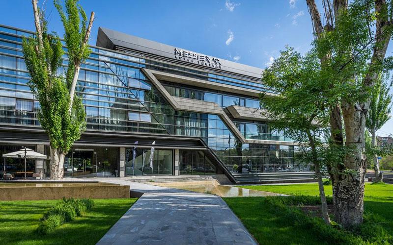 هتل مسیر ۵۳ ایروان