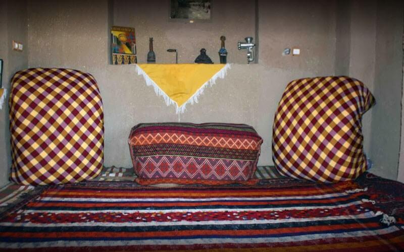 اقامتگاه بوم گردی کلبه آقامیر پاسارگاد شیراز
