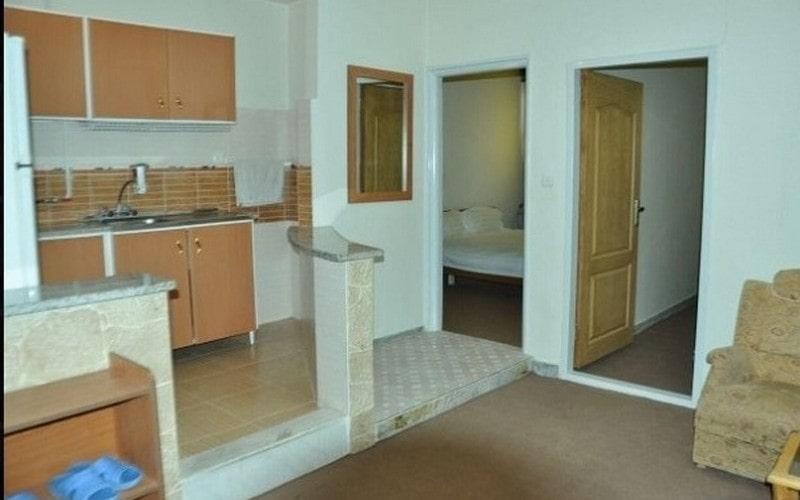 هتل آپارتمان سینا لالجین همدان