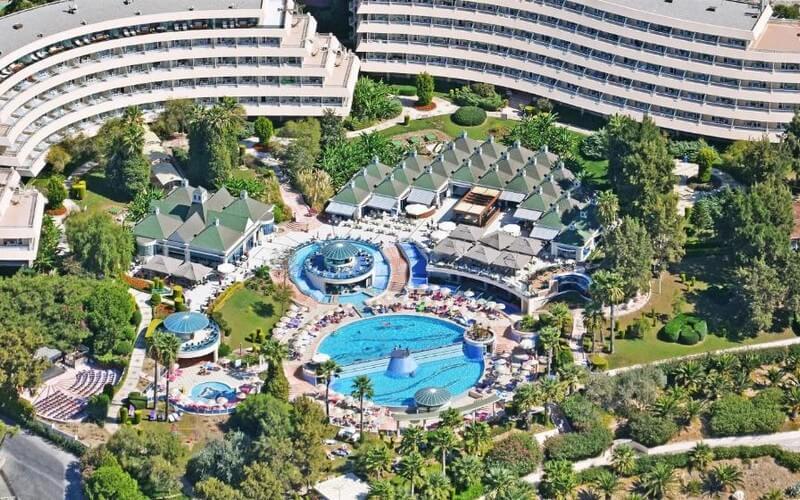 هتل The Grand Blue Sky International Kusadasi