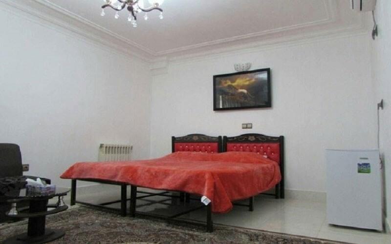 هتل پوریا عجم آزادشهر