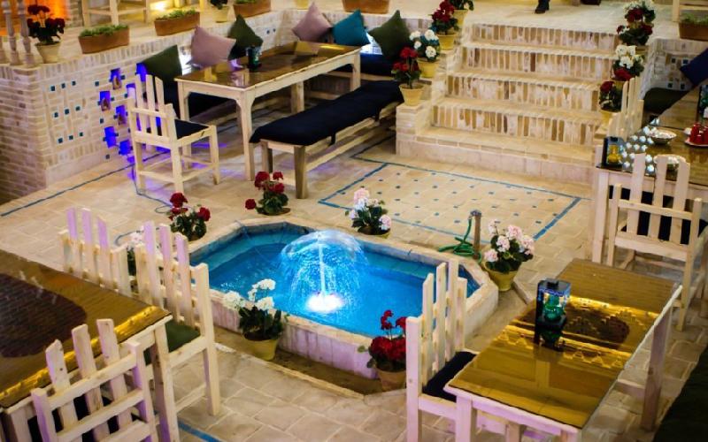 اقامتگاه سنتی شهباز کرمان