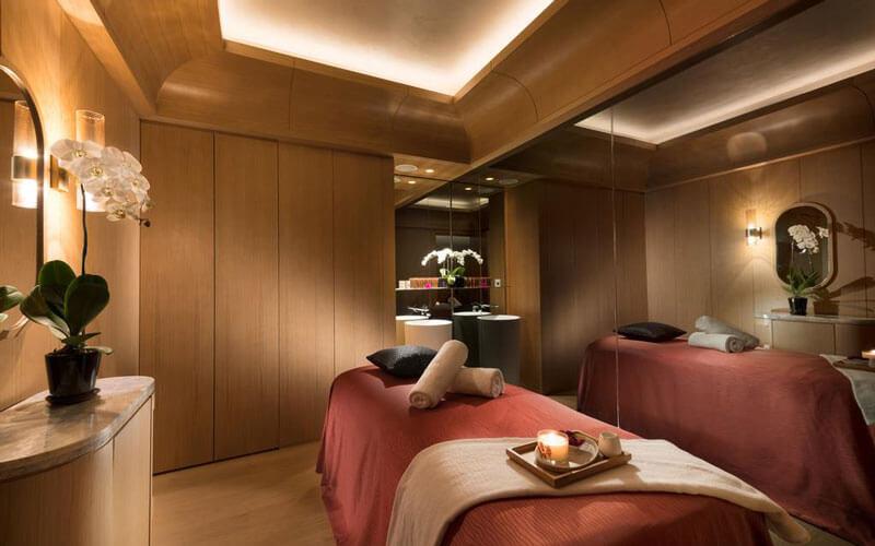 هتل کنراد سنتنیال سنگاپور