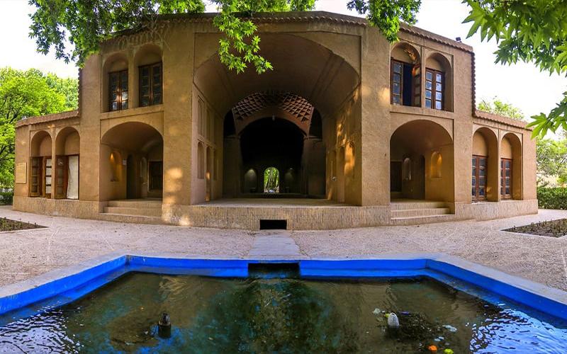 اقامتگاه سنتی باغ پهلوان پور مهریز