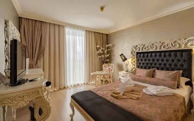 هتل Crystal Sunrise Queen Luxury Resort and Spa Antalya