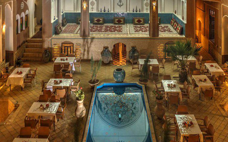 هتل سنتی نگین کاشان