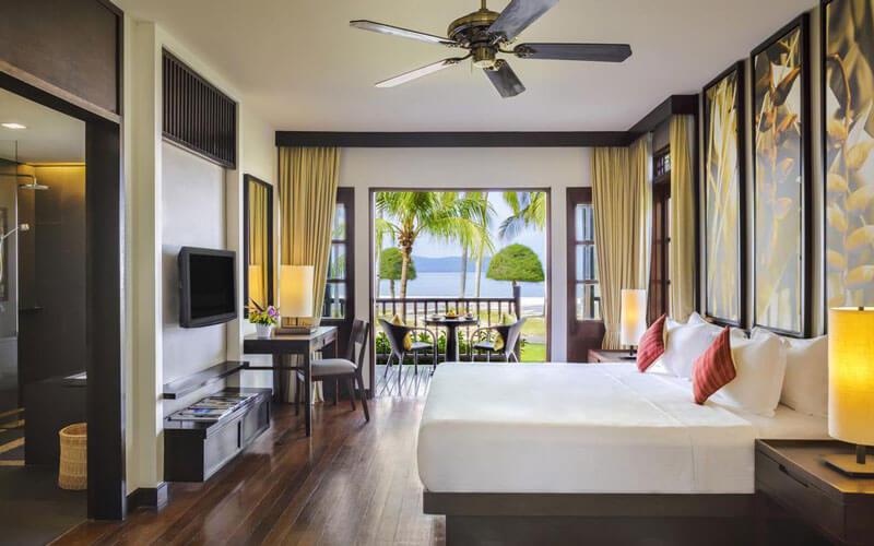هتل مریتوس پلانگی بیچ ریزورت و اسپا لنکاوی