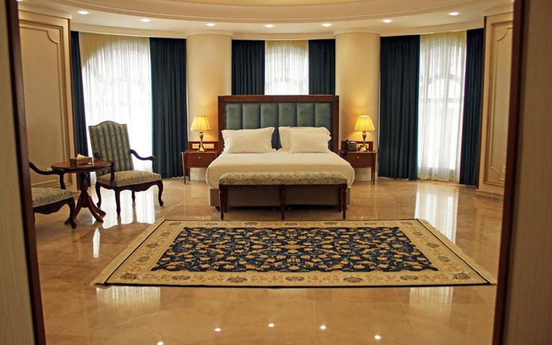 هتل بزرگ ۲ تهران