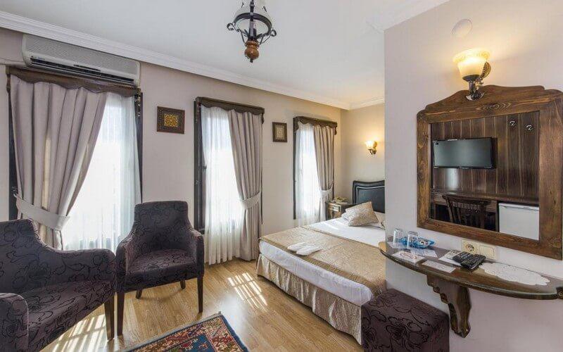 هتل Naz Wooden House Inn Istanbul
