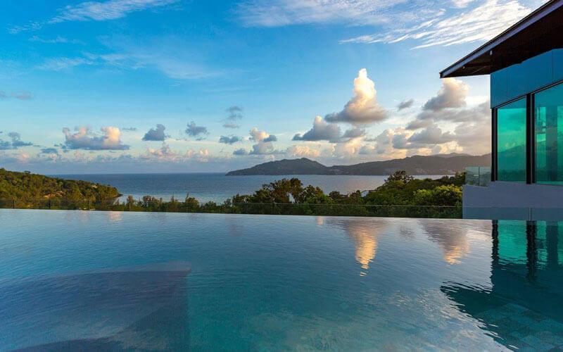 هتل Crest Resort & Pool Villas Phuket