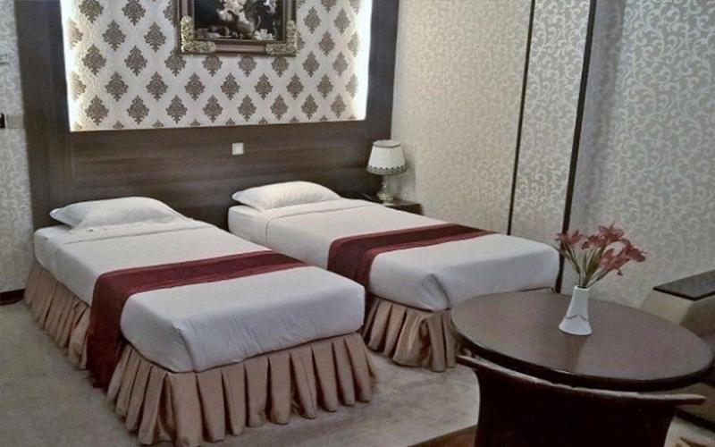 هتل استقلال قم