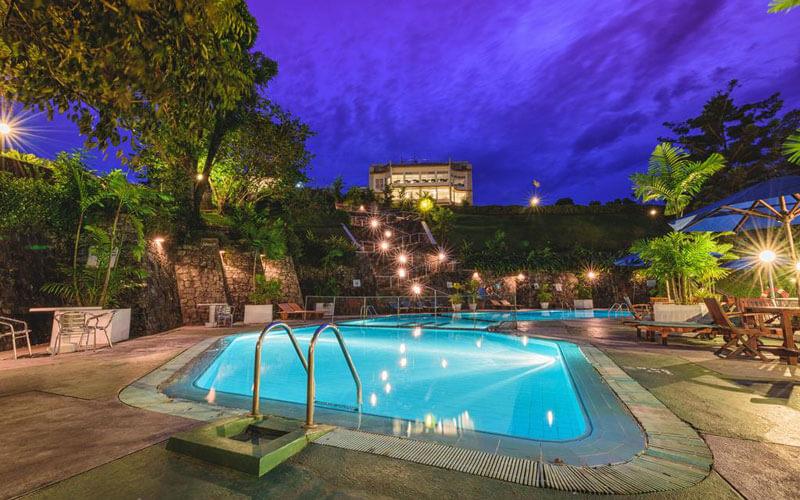 هتل توپاز کندی