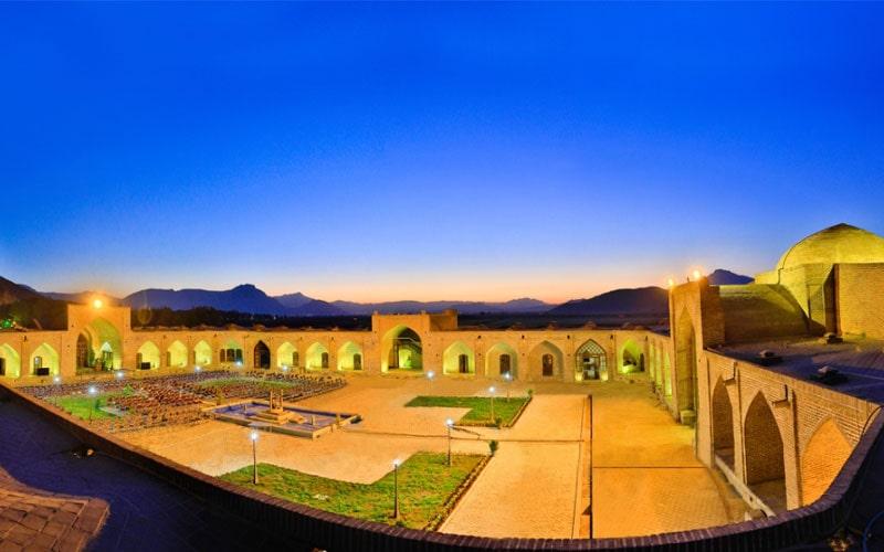هتل لاله بیستون کرمانشاه