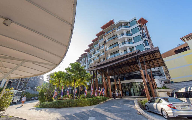 هتل The Lunar Patong Phuket