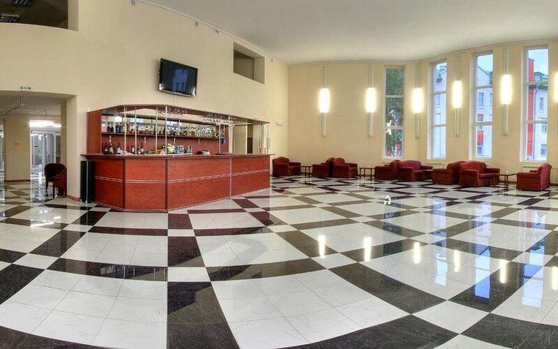 هتل  Park Krestovskiy Saint Petersburg