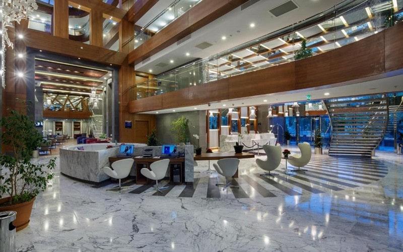 هتل DoubleTree by Hilton Kusadasi
