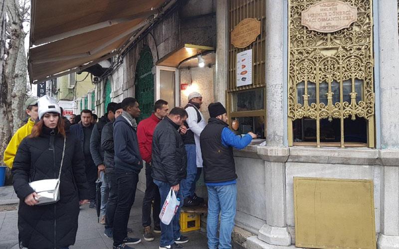 دونر فروشی مشهور حاجی عثمان استانبول