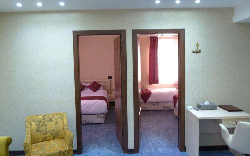 هتل علمدار بافق یزد