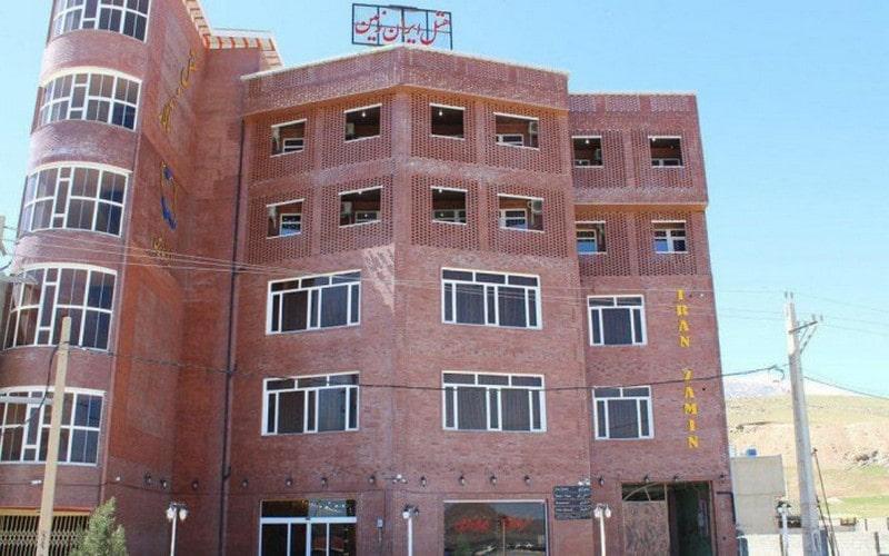 هتل ایران زمین دورود