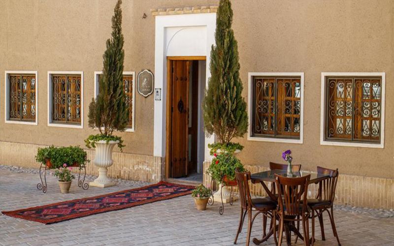 اقامتگاه سنتی کریاس اصفهان