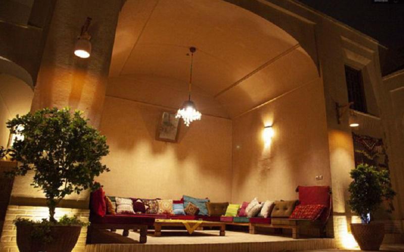 هتل سنتی هومان يزد