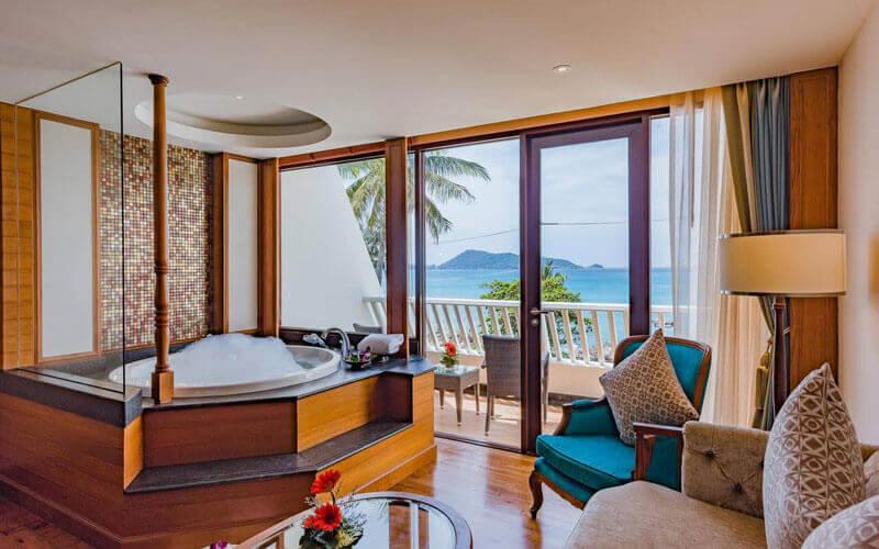 هتل Diamond Cliff Resort & Spa Phuket